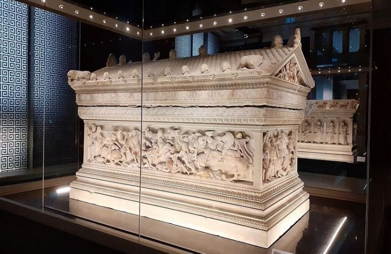 Egyptian official claims tomb of Alexander The Great in Siwa